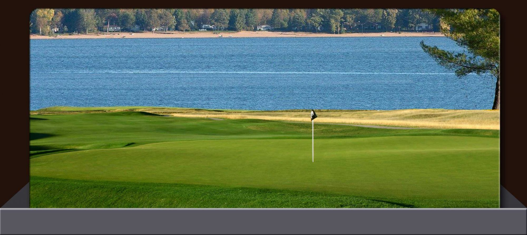 Stay & Play Golf Package on The Ottawa River